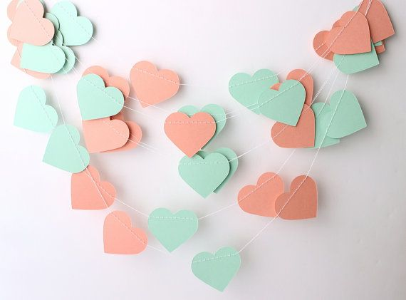 Mariage Garland, menthe verte & corail Garland 10pi, nuptiales de douche, douche de bébé, menthe pour douche, décoration de mariage corail, guirlande de coeur de menthe