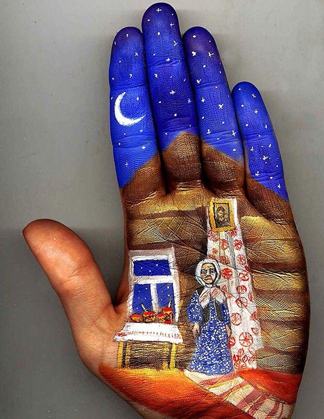 A dab hand ... painter creates extraordinary designs