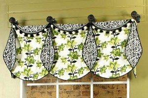 Tons of sewing patterns that are perfect for creating custom kitchen curtains and valances.