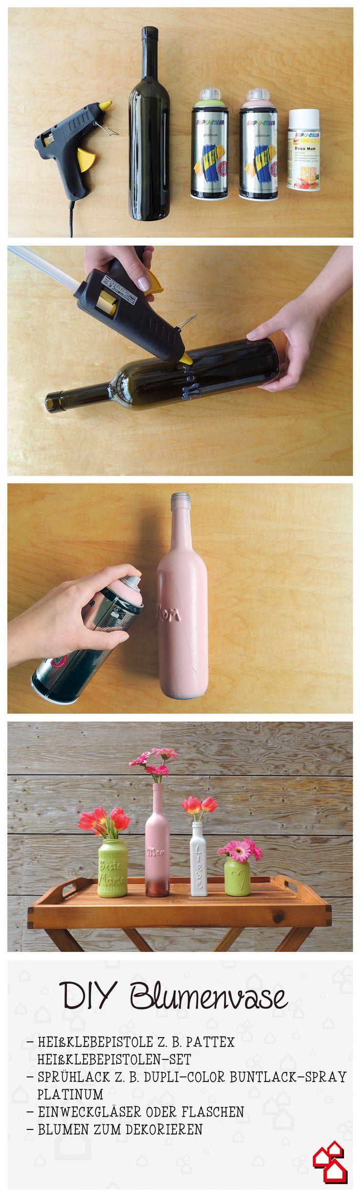 Das perfekte DIY für den Muttertag - Eine personalisierte Blumenvase, die Mama ganz sicher ein Lächeln ins Gesicht zaubert.