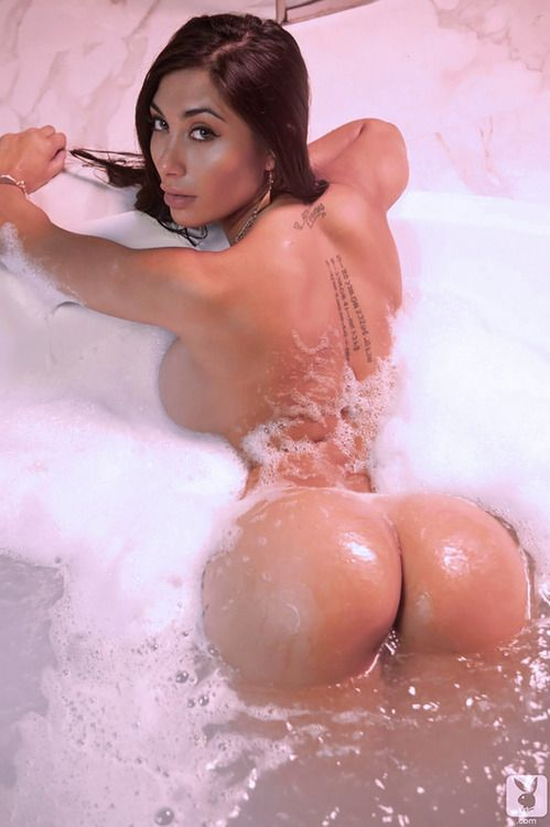 naked beautiful asian babes with bubble butts