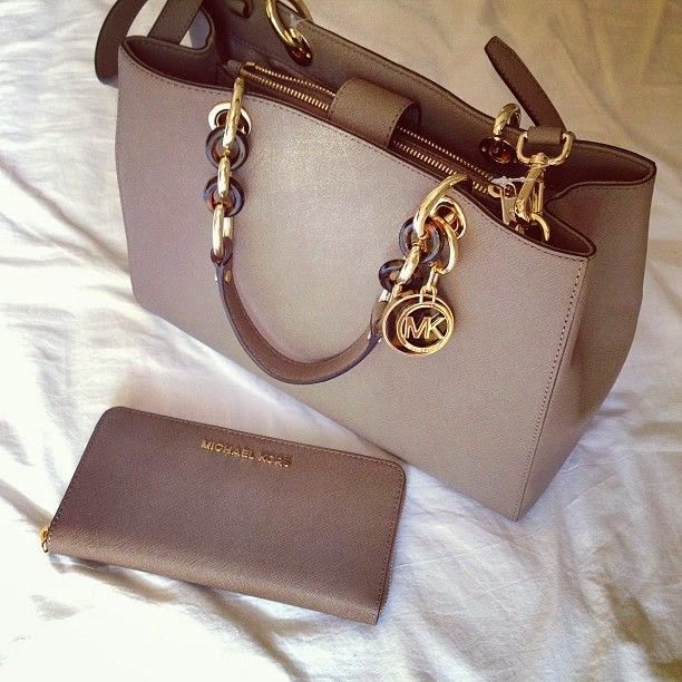 """""""Micheal Kors"""" Grey Handbag for Fall"""