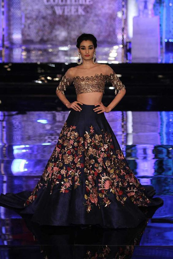 Scarlet Bindi - South Asian Fashion and Travel Blog by Neha Oberoi: India Couture Week 2016: Manish Malhotra