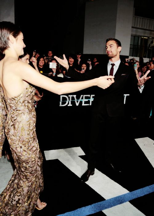 """Shailene Woodley and Theo James at the """"Divergent"""" premiere in Los Angeles"""