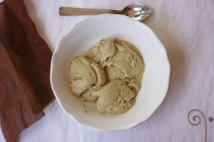 Il gelato al pistacchio Bimby è un gelato buonissimo per il quale i bambini vanno pazzi. Lo prepari anche senza gelatiera: basta il Bimby!