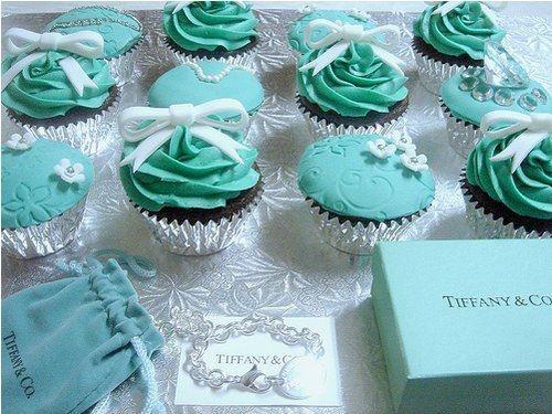 Tiffany cupcakes --oooohhhhh