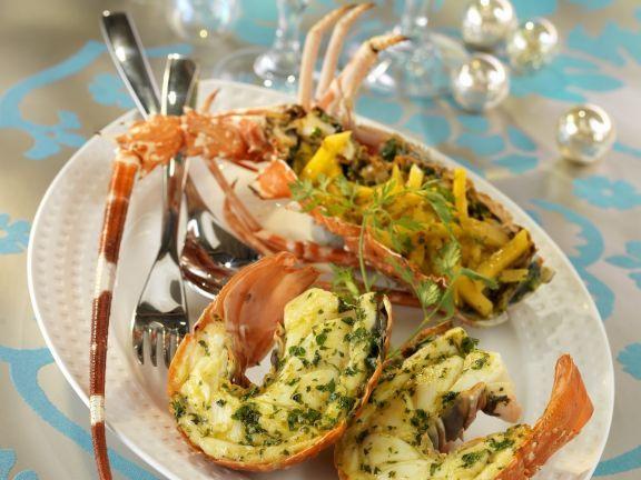 Überbackene Languste mit Kräutern ist ein Rezept mit frischen Zutaten aus der Kategorie Krustentiere. Probieren Sie dieses und weitere Rezepte von EAT SMARTER!