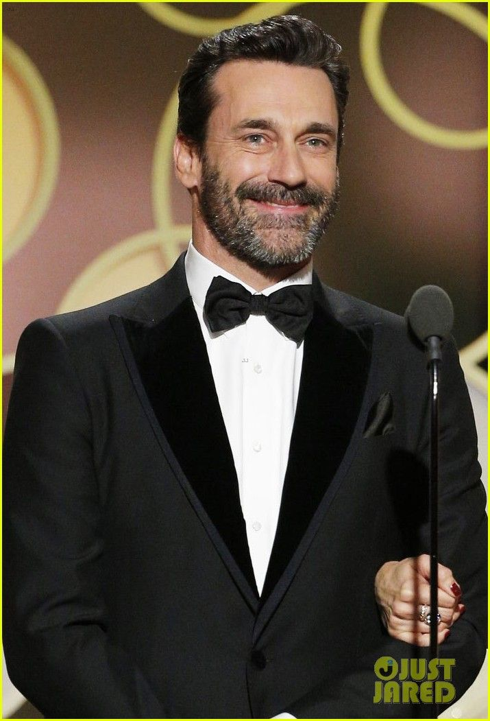 Jon Hamm & Ben Affleck Show Off Their Sexy Beards at Golden Globes 2017!