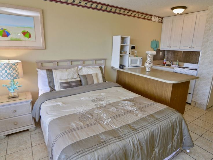 Top Of The Gulf - Beach Front Complex Sleeps... - HomeAway West Panama City Beach