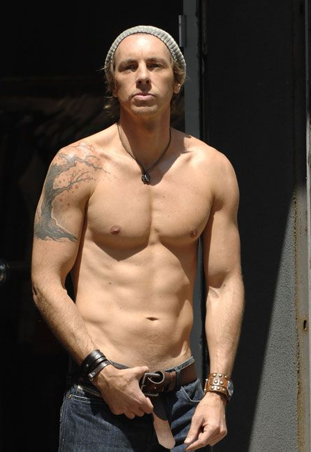 Another pic of Dax with out his shirt? ok, if I must ...