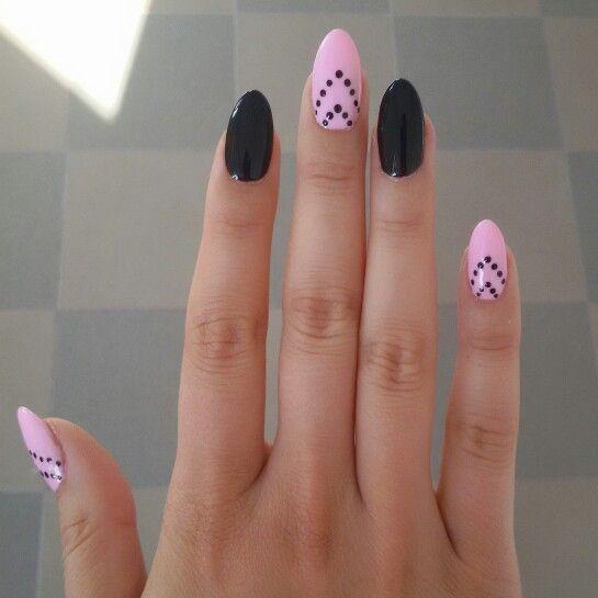 Pink&black nails