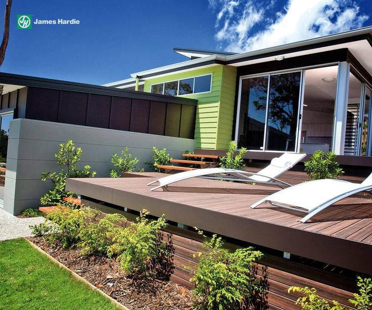 Bold green feature wall really sets this facade off #colour # design # exterior # home #house #weatherboard #modern
