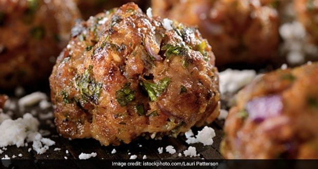 How To Make Kashmiri Meatballs Or Rista Secret Recipe By Mealability Restaurant Revealed Ndtv Food In 2020 Veal Recipes Ground Beef Meatballs Beef Meatball Recipe