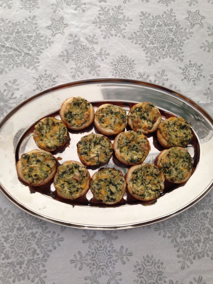 Spinach and artichoke tarts