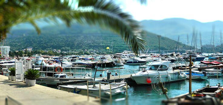 Port of Budva, Montenegro, Nikon Coolpix L310,10.2mm, 1/200s,ISO80,f/10.7,-0.7ev, panorama mode: segment 2, HDR-Art photography, 201607050926