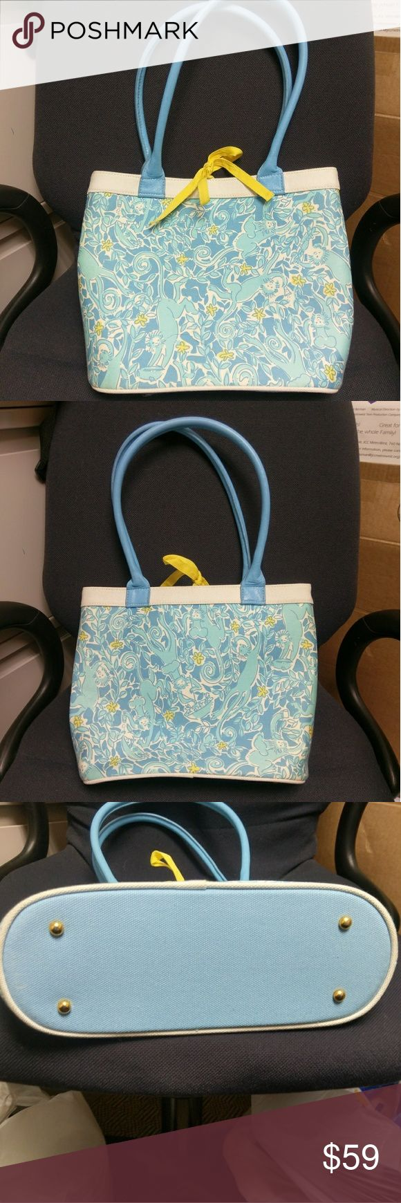 Lilly Pulitzer Monkey Bag So cute. 13 x 10 x 4 Lilly Pylitzer Monkey Bag. Never used. Lilly Pulitzer Bags