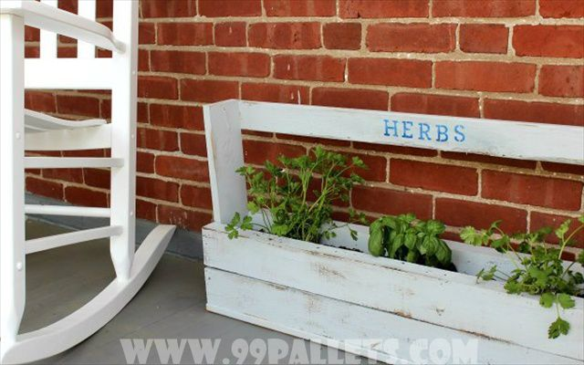 how to build a flower box out of pallets