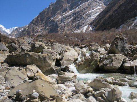 Hard rocks from Himalaya raise flood risk for millions