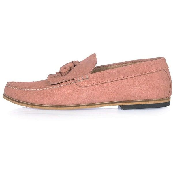 River Island Pink suede tassel loafers (7345 RSD) ❤ liked on Polyvore featuring men's fashion, men's shoes, men's loafers, pink, shoes, mens loafer shoes, mens tassel loafer shoes, suede tassel loafers mens shoes, mens pink shoes and mens suede shoes