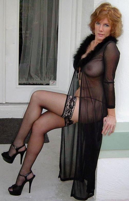 Mrs robinson vintage nylons stockings striptease big boobs - 1 part 4