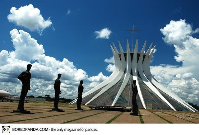 Check out Top 33 World's Strangest Building| welldonestuff.com