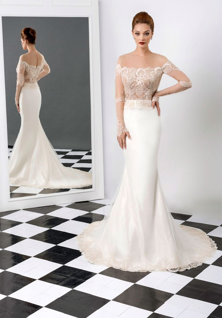 Lucia wedding dress, Bien Savvy 2015 collection  Ask for more details at client@biensavvy.eu