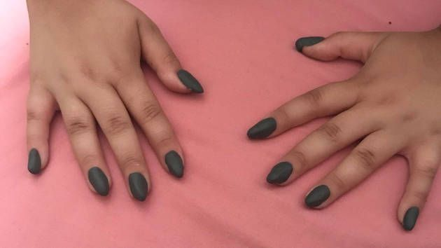 The Stir 10 Year Old Girl Gives Herself Epic Fake Nails After Mom Says No To Acrylics Fake Nails For Kids Nails For Kids Fake Nails