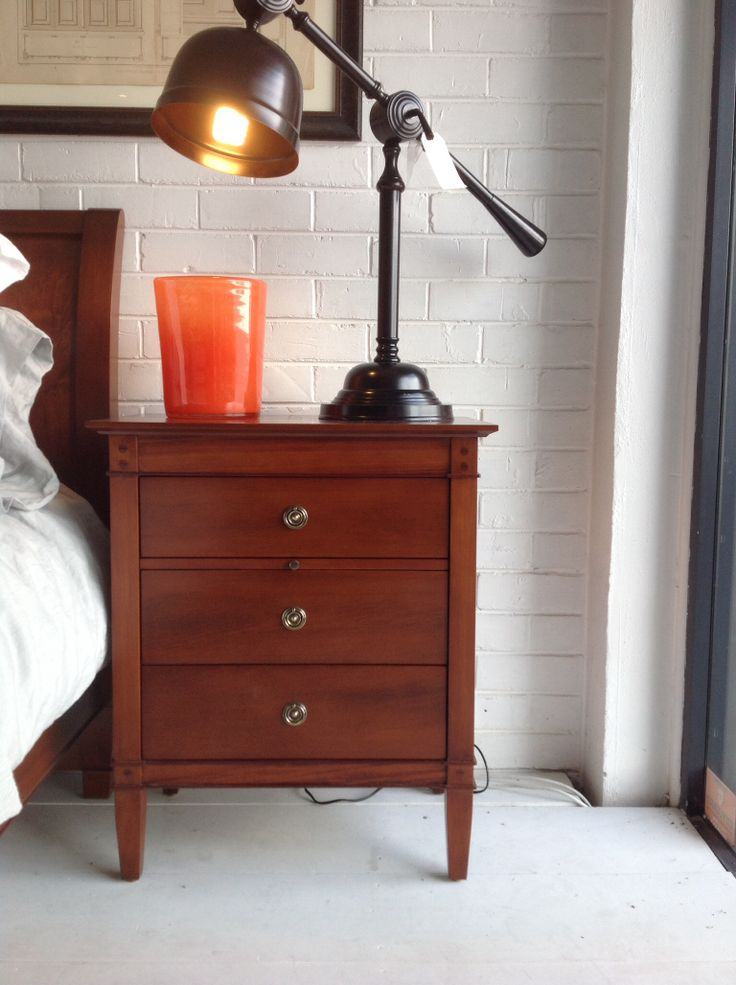 NEW Trenail Simple Bedside