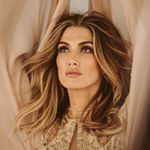 398.4k Followers, 777 Following, 1,437 Posts - See Instagram photos and videos from Delta Goodrem (@deltagoodrem)