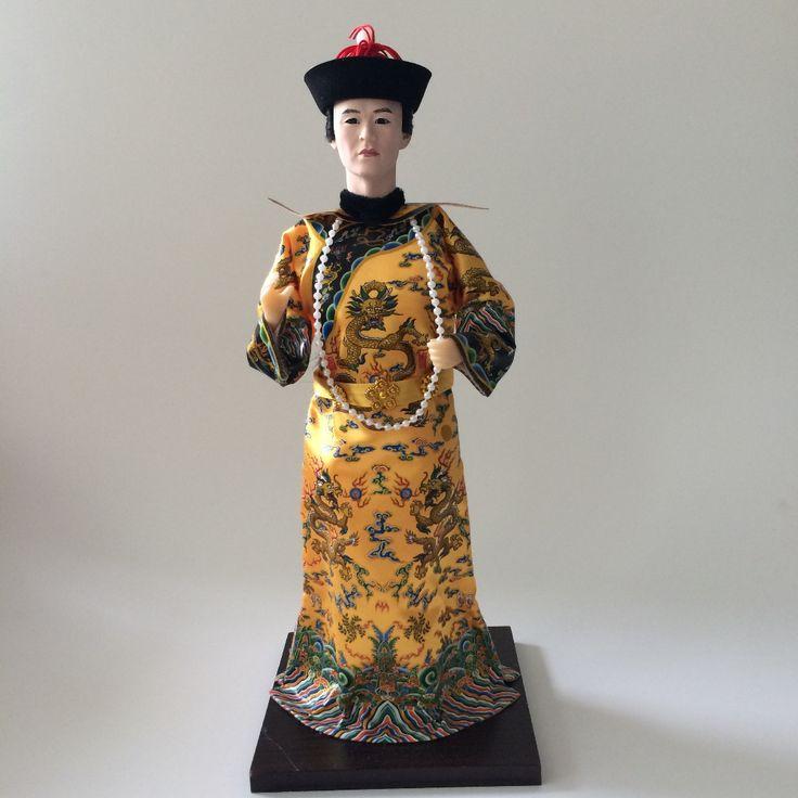 Günstige Traditionelle Chinesische Kunst Silk Figur Puppe, Chinesisch Alten China Kaiser figurine, Kaufe Qualität Puppen direkt vom China-Lieferanten: Traditionelle chinesische kunst seide figur puppe, chinese old style china Kaiser figur Japanese Clothing Japanese
