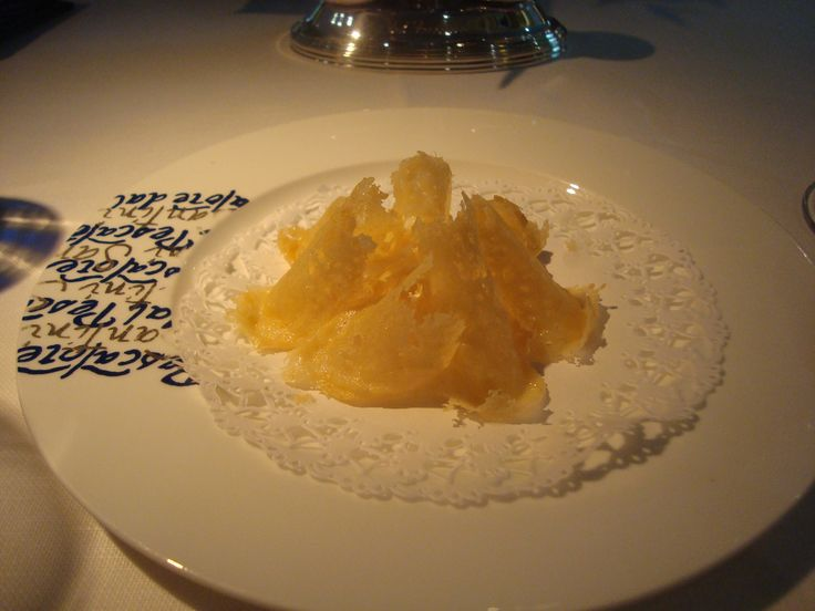 "Dal Pecatore ""Parmesana chips"""