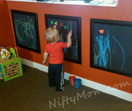 Framed chalkboard for artwork: Frames Chalkboards, Play Rooms, For Kids, Chalkboards Painting, Chalkboards Drawing, Kids Room, Plays Room, Chalkboards Frames, Chalkboards Wall