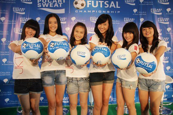 JKTTEAM-jkt48-28908914-567-378.jpg (567×378)