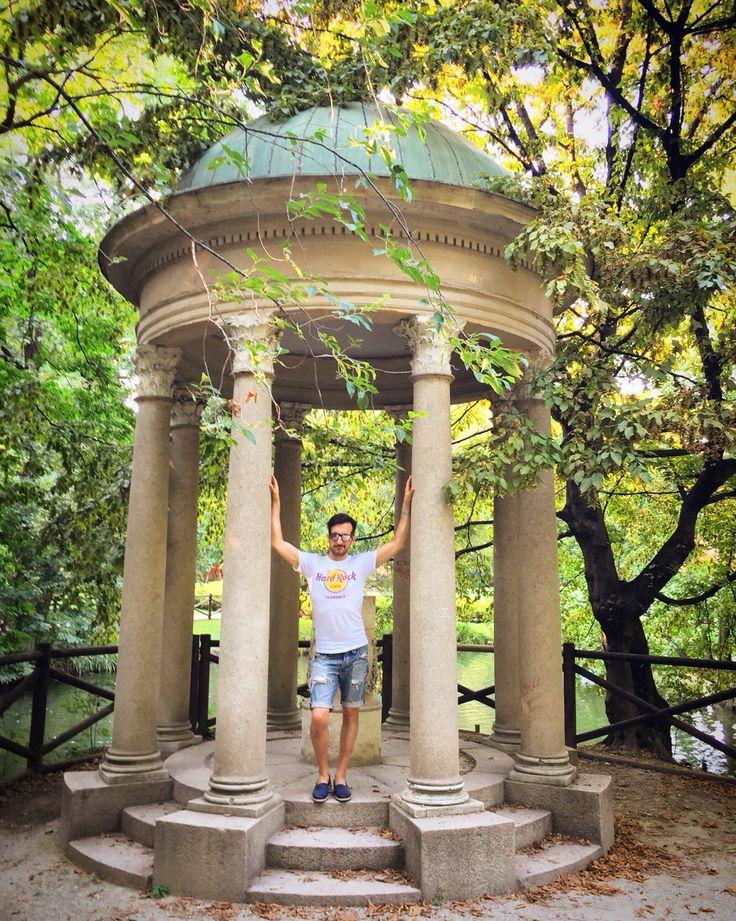 I Posing 📱🏛👦🏻😂🍃 #nature #posing #PublicGardens #VillaReale #trees #water #colors #like #good #life #paceofmind #city #beautifulday #location #Palestro #followme #walking #vision #sun #goofday #day #socialnetwork #pinterest #instagram #swarm #i_lovephoto #followme #followers #milan #city #kiss #i_lovephoto #iphone6 #life