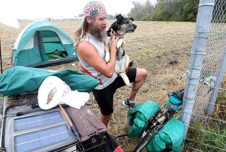Homeless U.S. Air Force veteran Harold Palmquist of Phoenix (with his dog Daisy) talks about his bike ride across America to raise money and awareness for the Veterans and Their Pets program.
