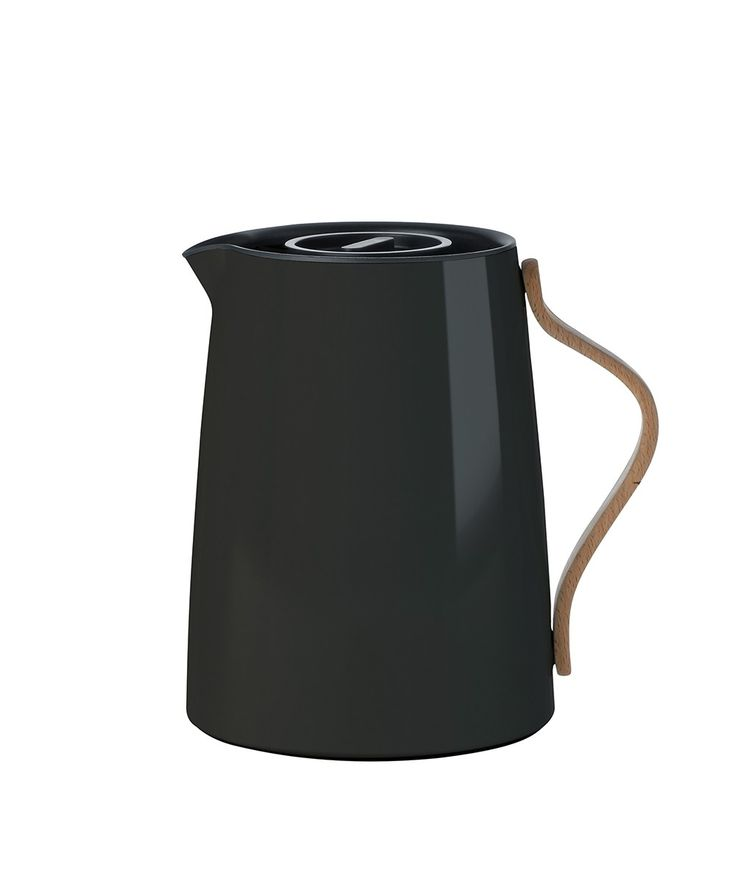 The new, revolutionary vacuum tea jug by Stelton, in lacquered stainless steel with an inbuilt tea filter. The Emma teapot sets new standards for brewing tea. | huntingforgeorge.com