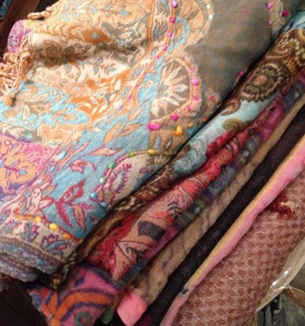 Parvani | Zijden sjaals uit India.