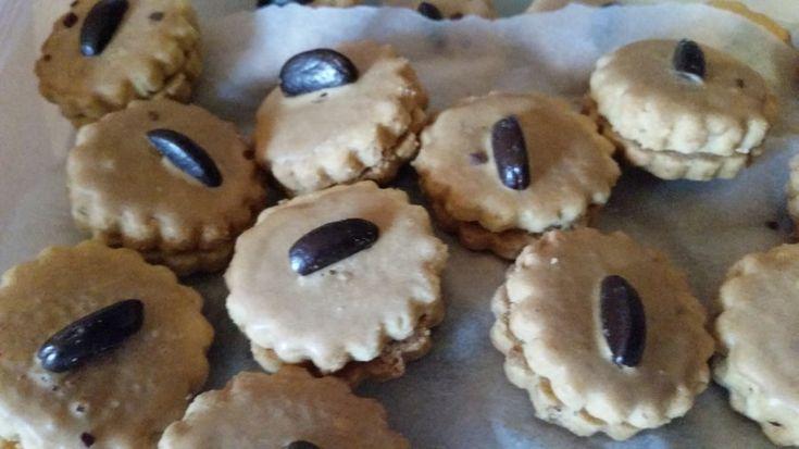 Die Kaffee-Kekse sind eine köstliche Leckerei, und das nicht nur zu Weihnachten. Mit diesem Rezept verzauberst du deine Familie und Gäste.