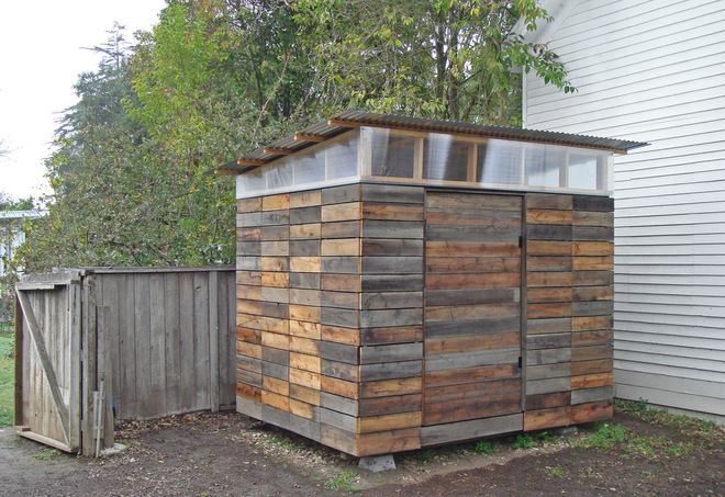 Reclaimed wood corrugated metal roof and clerestory for Wooden studios for gardens