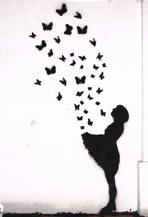 Rosina vindt vlinders in je buik het fijnste gevoel wat je maar kunt hebben. Het lijkt of je zweeft, de spanning en ook wel een beetje de onzekerheid. Al die vlindertjes kan ze niet beter uitdrukken als met deze kaart. Amorosa wenst haar veel geluk toe