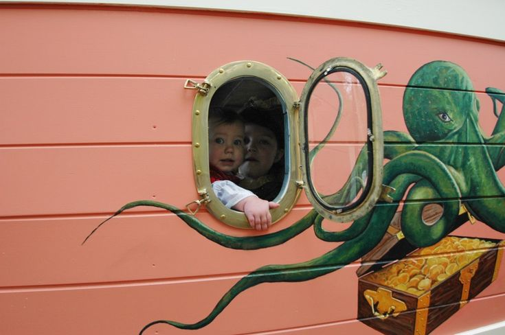 This Playhouse is for Pirates Only