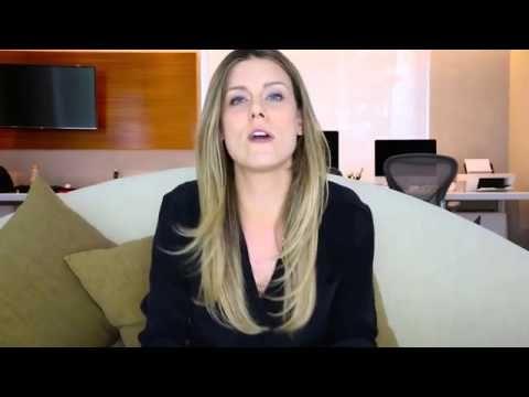 Esposa de Tiago Leifert abre canal no YouTube após sair da Globo