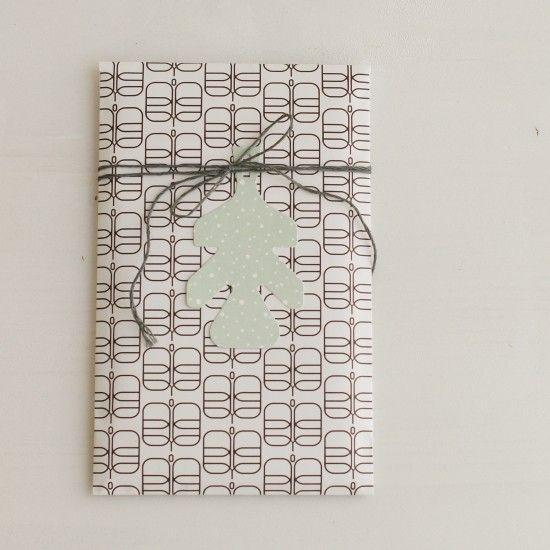Papiertüte Schmetterlinge, Leinenzwirn und Anhänger Blatt