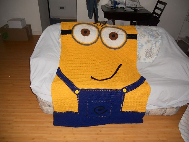 Knitting Pattern For Minion Blanket : 17 Best images about afgans on Pinterest Afghan crochet, Ravelry and Filet ...