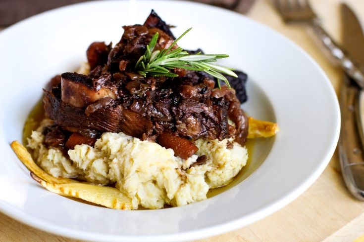 Braised Beef Short Ribs + Parsnip Puree, an adapted Ad Hoc recipe | From Jessica's Kitchen