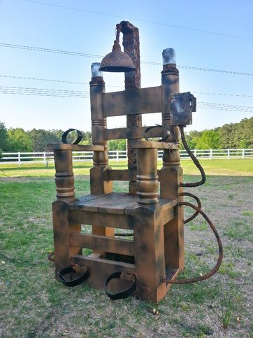 "Per pinner: Well, my first ""big"" project for 2014 is complete.  It's my electric chair and I would love to hear your thoughts about it.  It is 100% built from scratch.... enjoy"