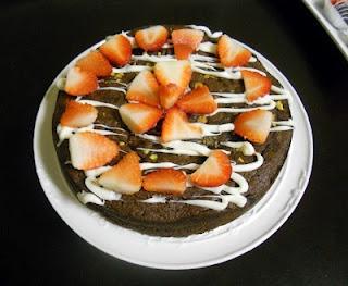 paleo chocolate pistachio torte made with coconut flour