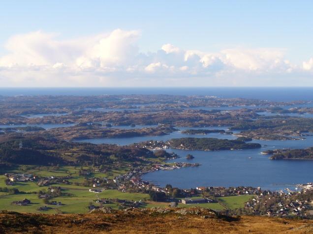 Fitjar Kommune Hordaland, Norge  oh, my heart strings.
