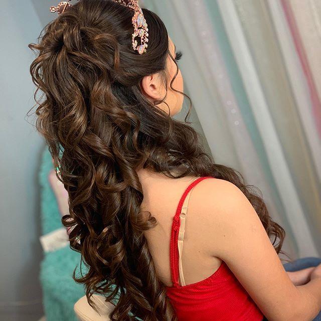 78 Half Up Half Down Quinceanera Hairstyles Hairstyle Half Up Half Down In 2020 Quinceanera Hairstyles Quince Hairstyles Hair Styles