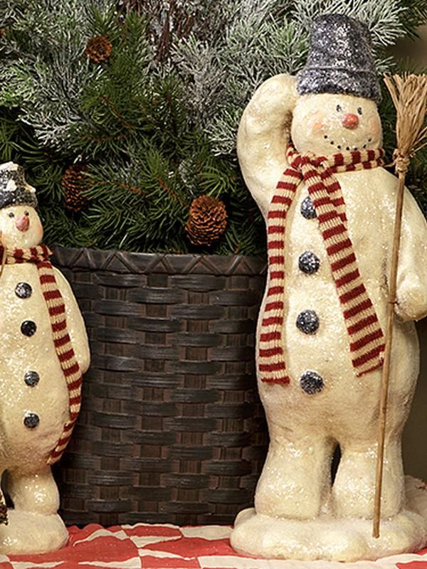 Christmas Decor Up to 70% Off!